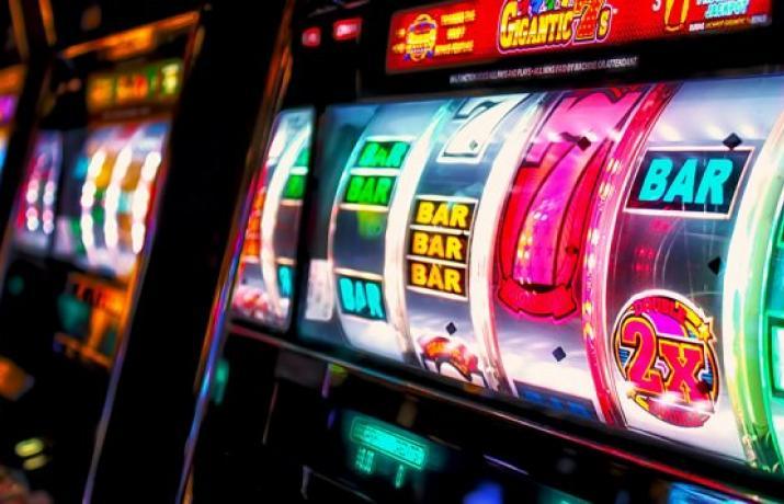 Игровые автоматы 777 казино мобильная версия